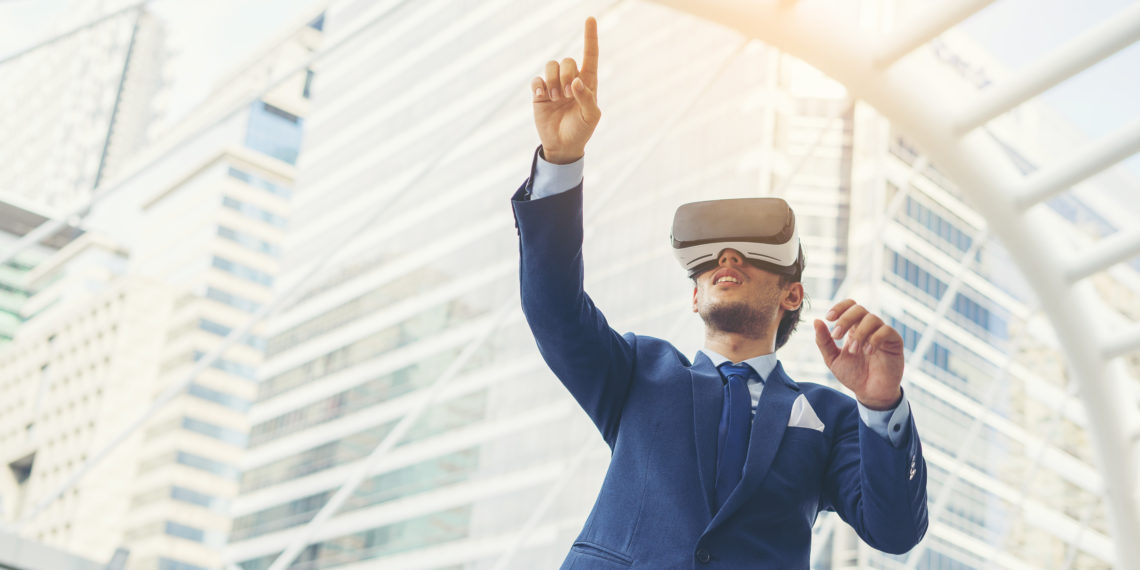 Virtual Reality and Augumented Reality